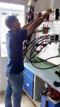 Making hydraulics easy...